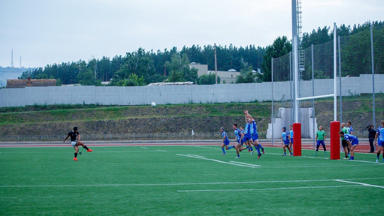 Стадион «Перья-3»