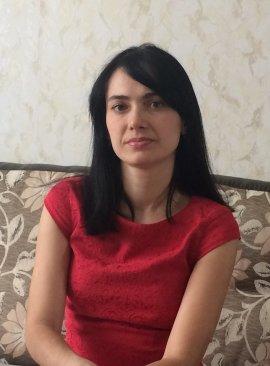 Кан Юлия Джеткизгеновна