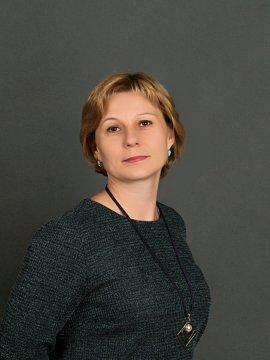 Толстоногова Оксана Викторовна